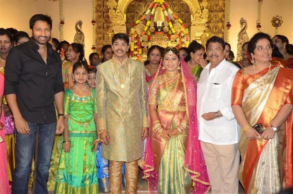 Chiranjeevi,Balakrishna,VV Vinayak,Teja-Naga Sree wedding reception,Teja-Naga Sree,Teja-Naga Sree reception,Teja-Naga Sree wedding reception pics,Brahmanandam,KS Ravikumar,Rajendra Prasad,Manchu Vishnu