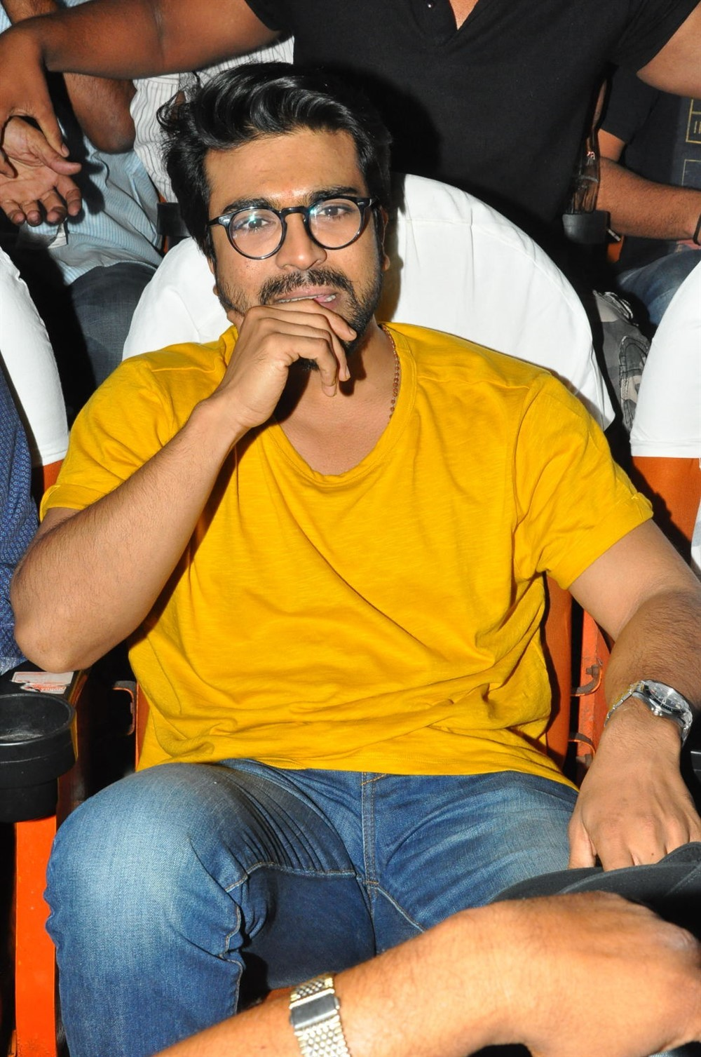 Ram charan watches rangasthalam at sudarshan theater photos images gallery 86422 for Actor watches