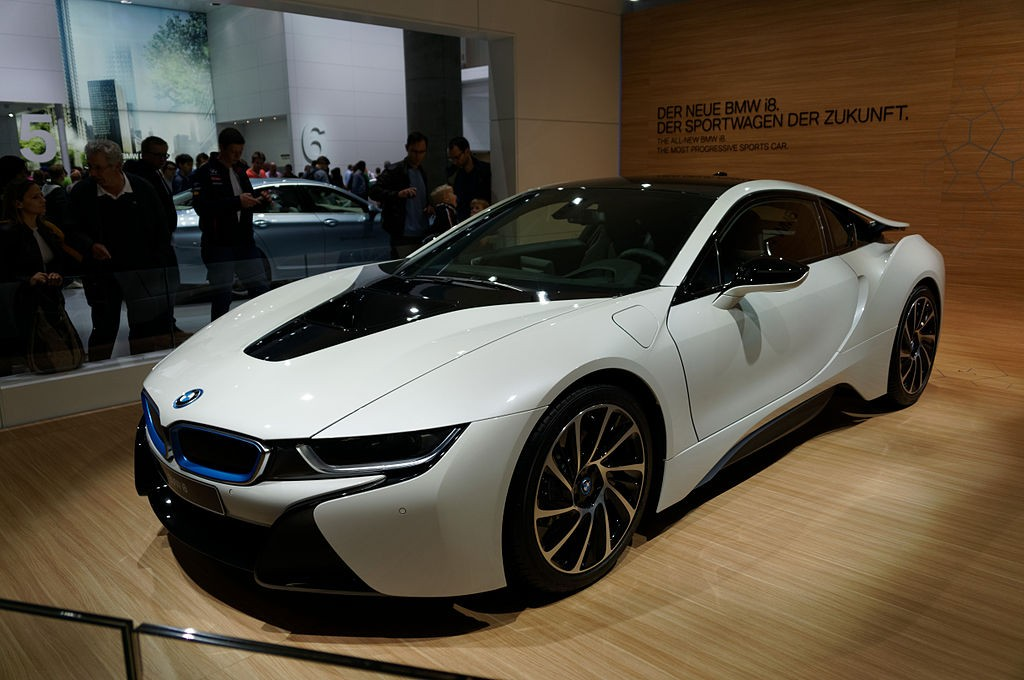 Bmw I8 To Be Launched In India In February Price Feature Mileage