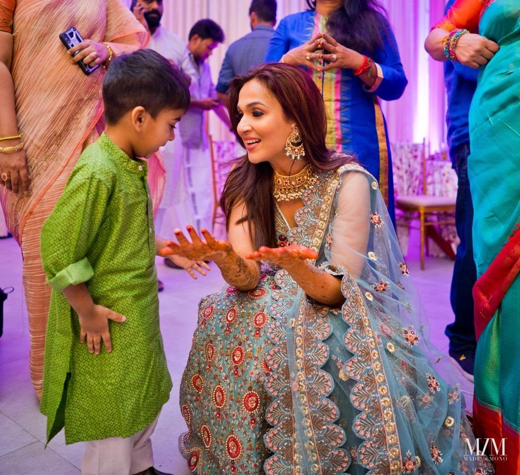 Soundarya Rajinikanth with her Son Ved Krishna