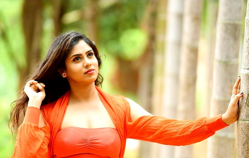 Bigg Boss Kannada 7: Contestant 16: Chaithra Kotoor