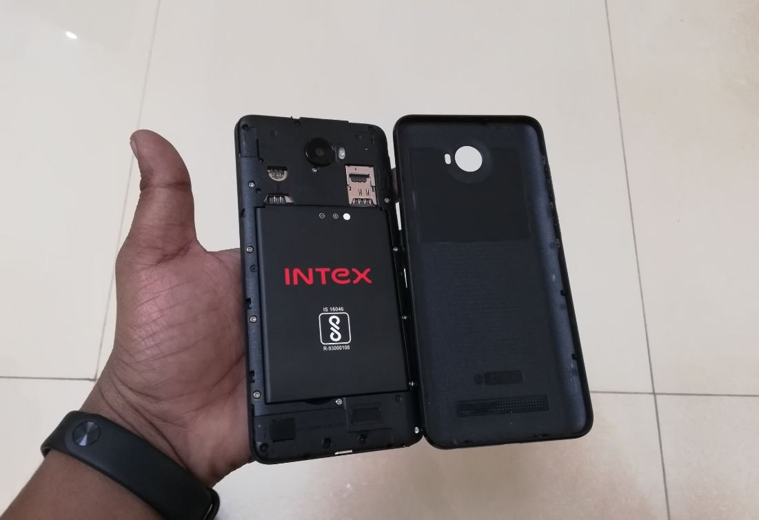 Intex, Elyt Dual, review, performance, design, display, camera,battery