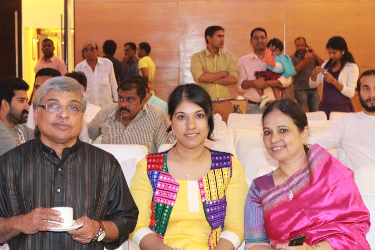 Director Kamal with his daughter and wife.