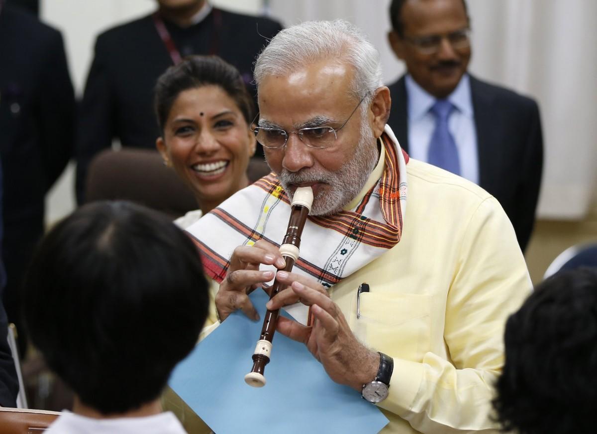Modi plays the flute