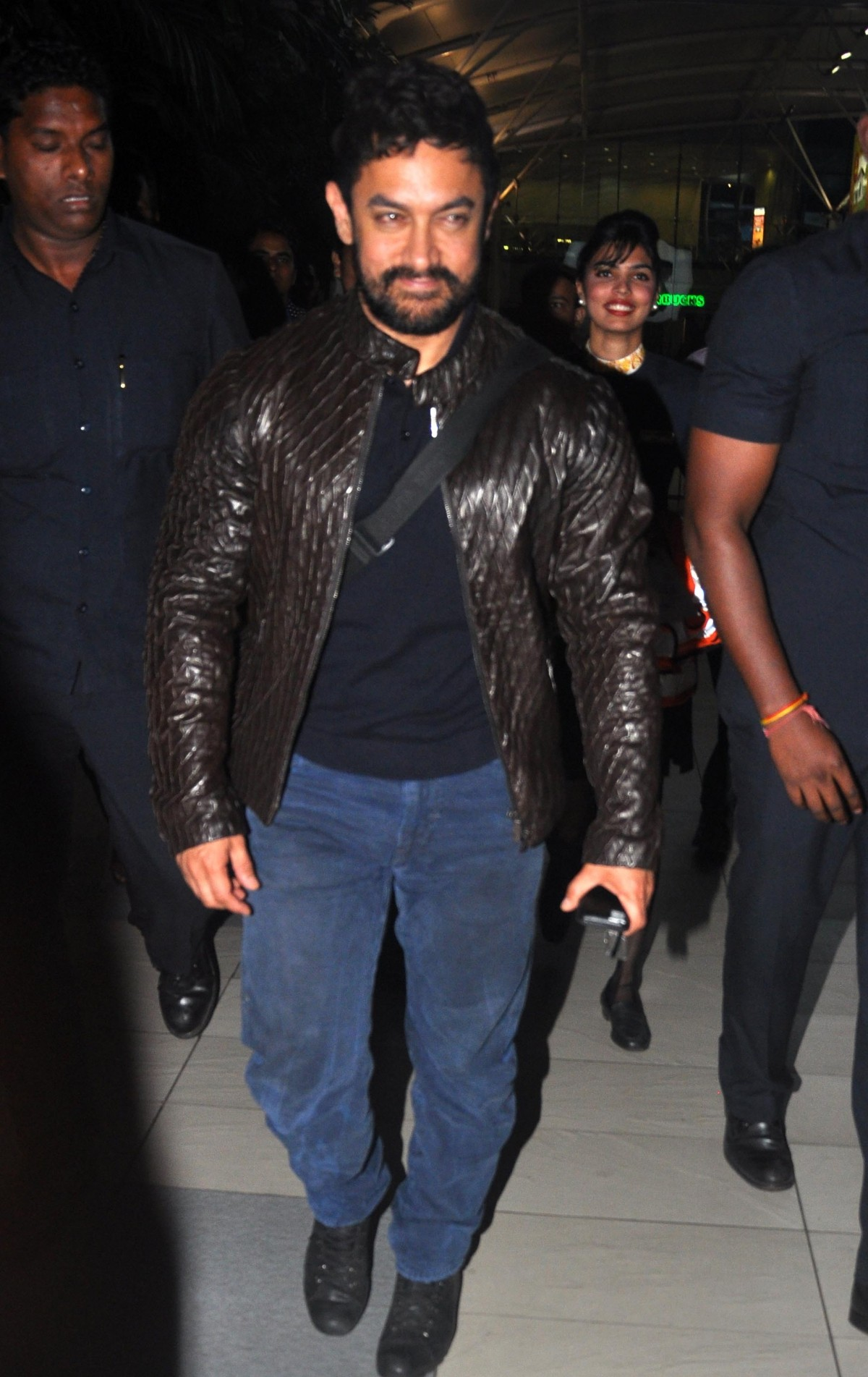 Aamir Khan, Raveena Tandon snapped at Airport