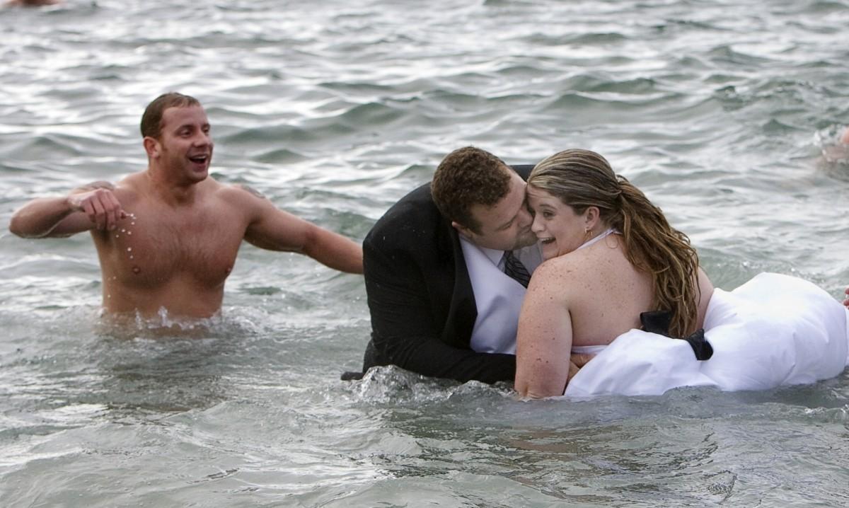 crazy wedding photos