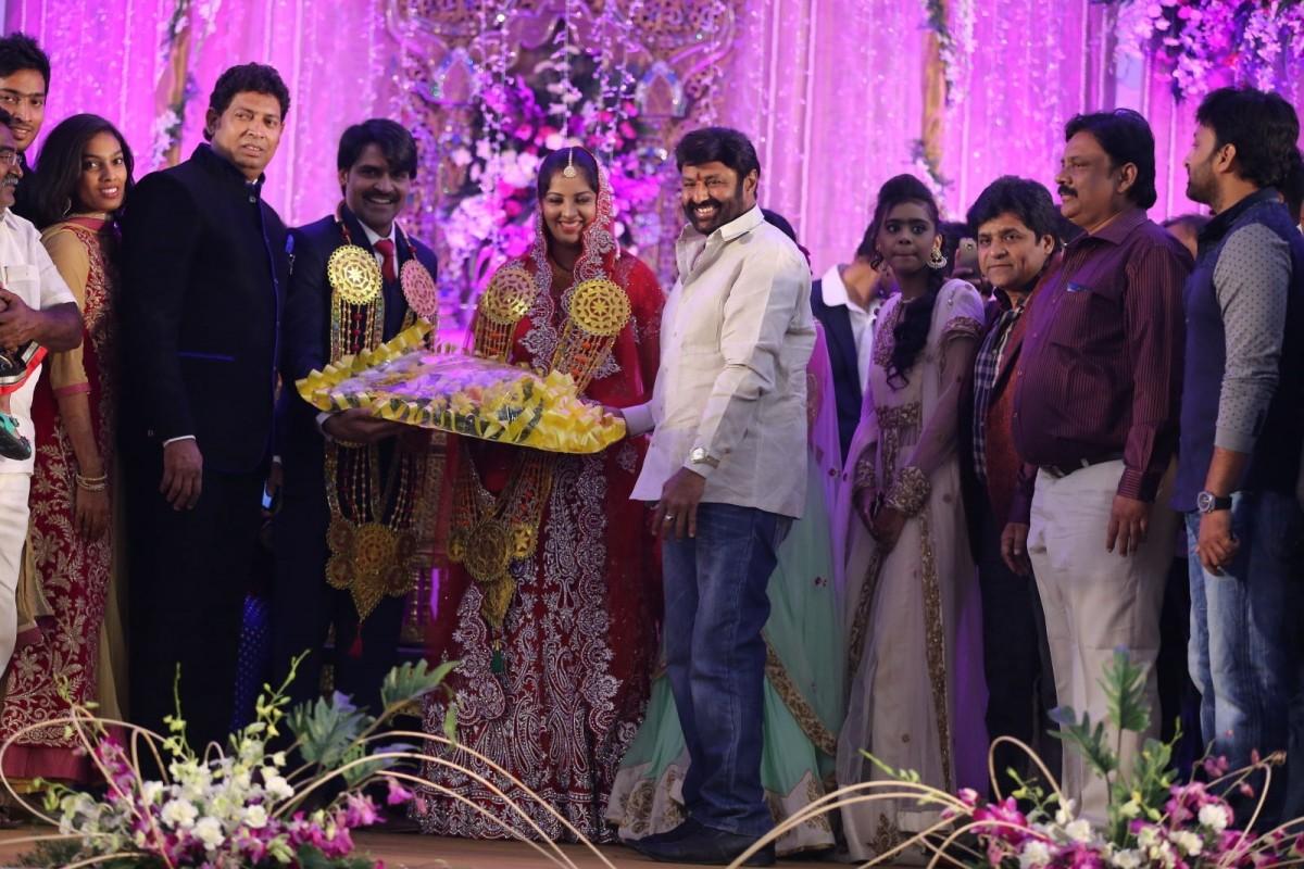 Balakrishna attends Khayyum's wedding reception