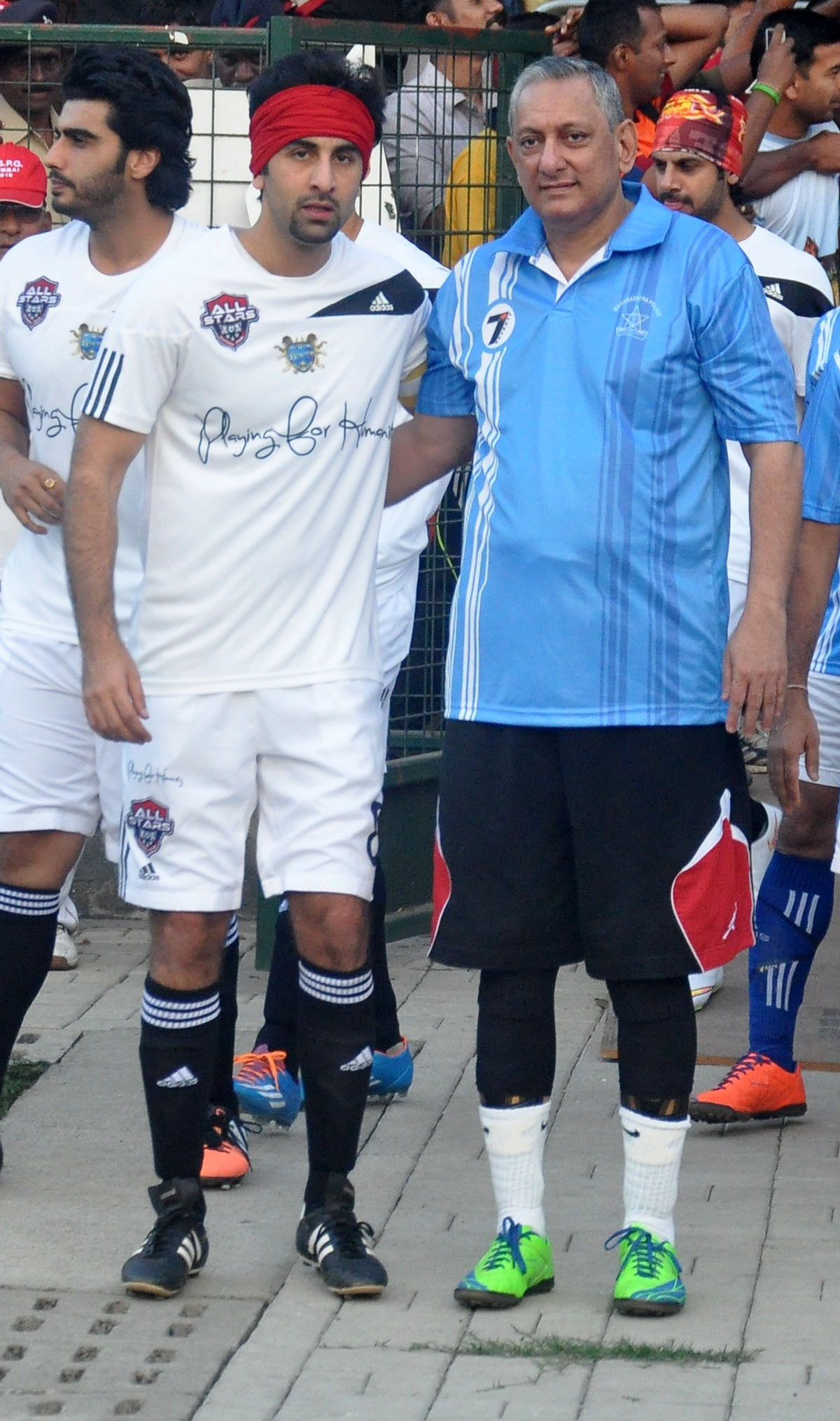 Ranbir Kapoor, Arjun Kapoor and Other Celebs Play Friendly Football Match with Mumbai Police