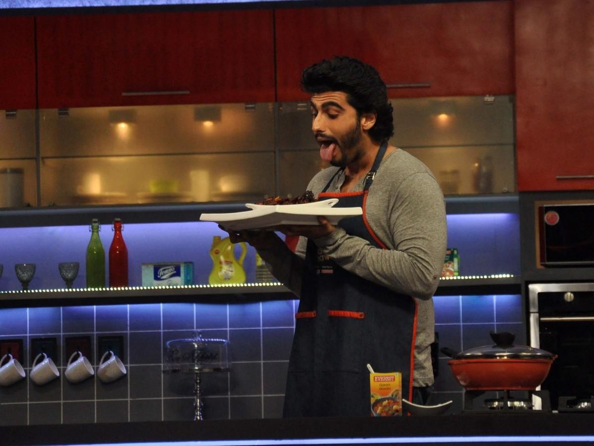 'Farah Ki Daawat': Arjun Kapoor Brings Fun in Farah Khan's Cookery Show