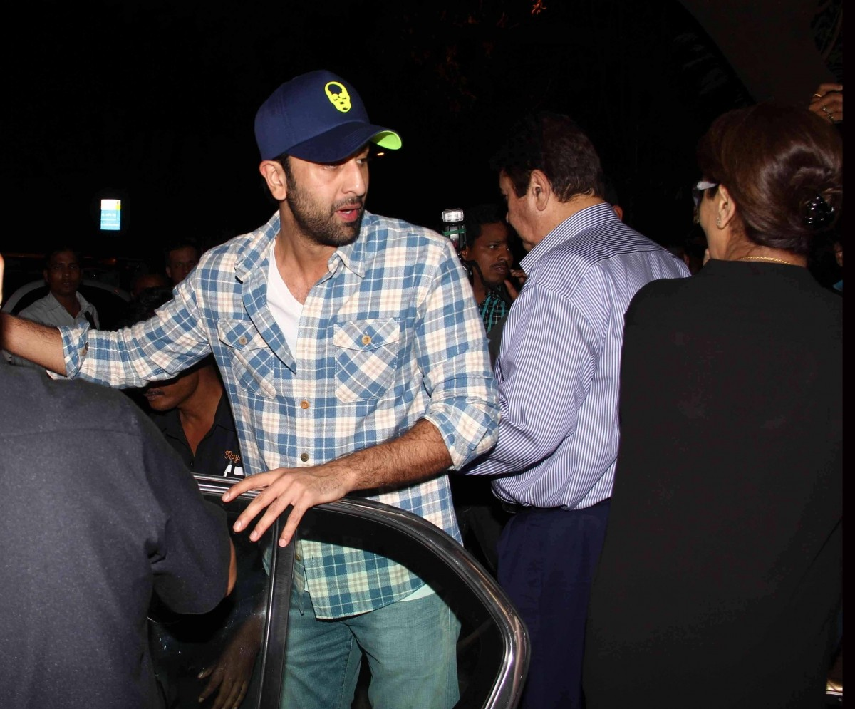 Katrina Kaif Went Out On Dinner with Ranbir Kapoor and His Family