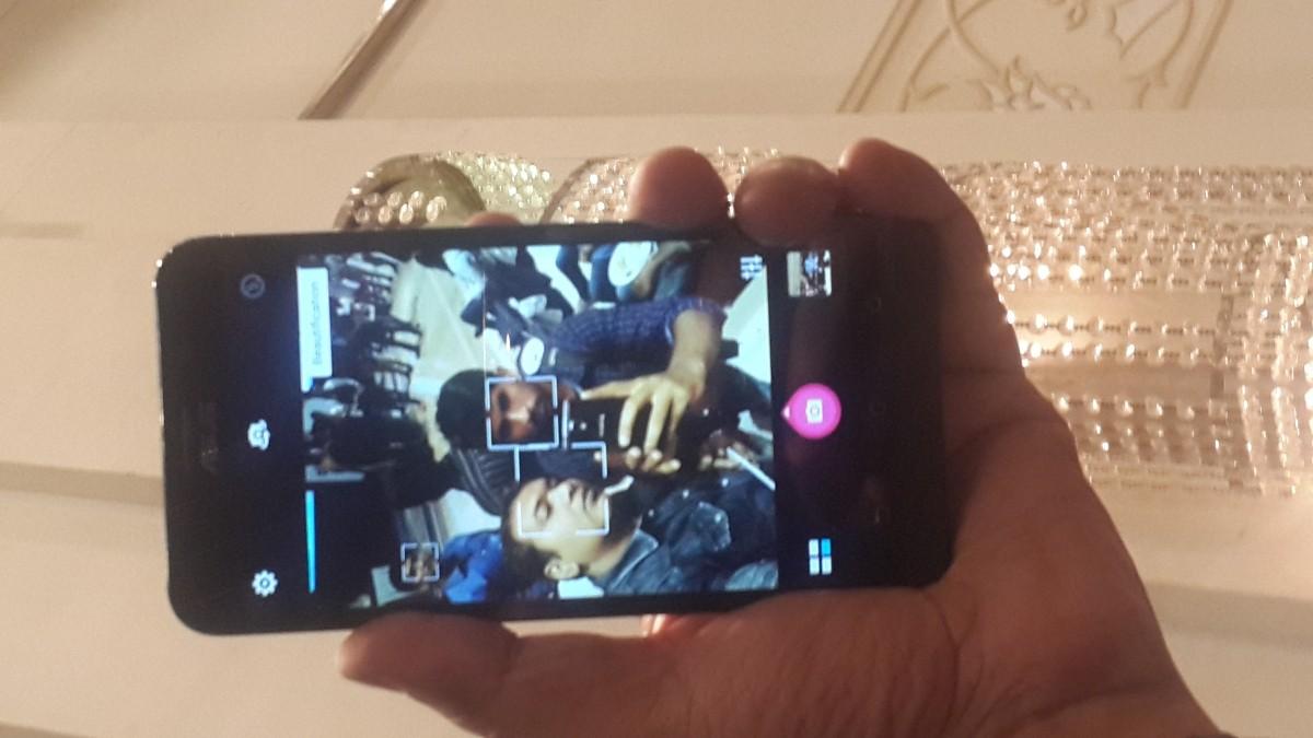 Asus Zenfone 2 4GB RAM variant Camera in action