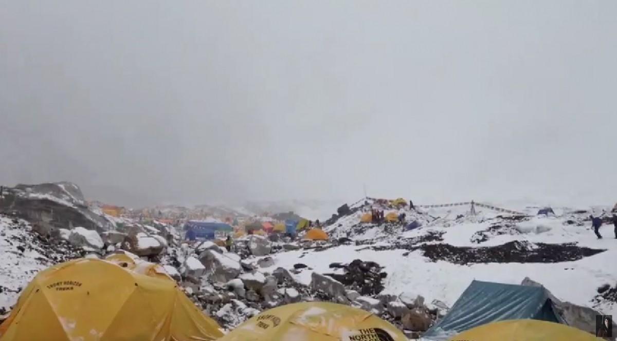 Mount Everest Avalanche