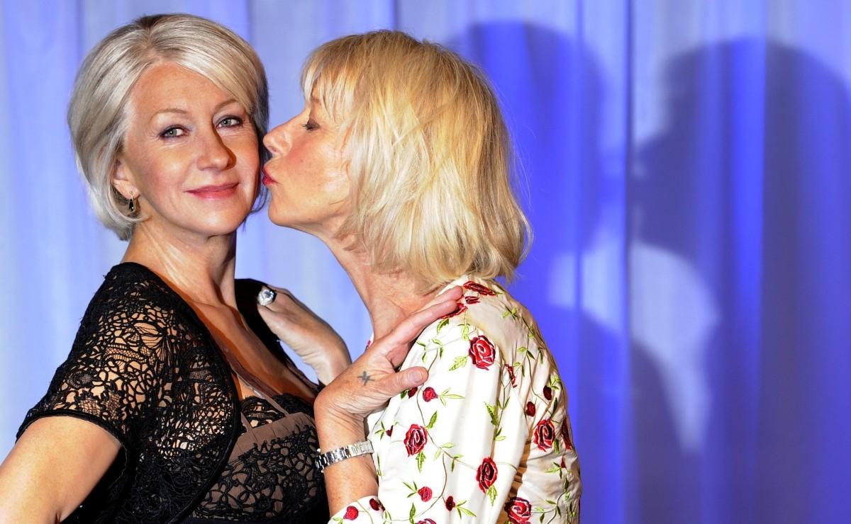 Helen Mirren kissing her wax figure