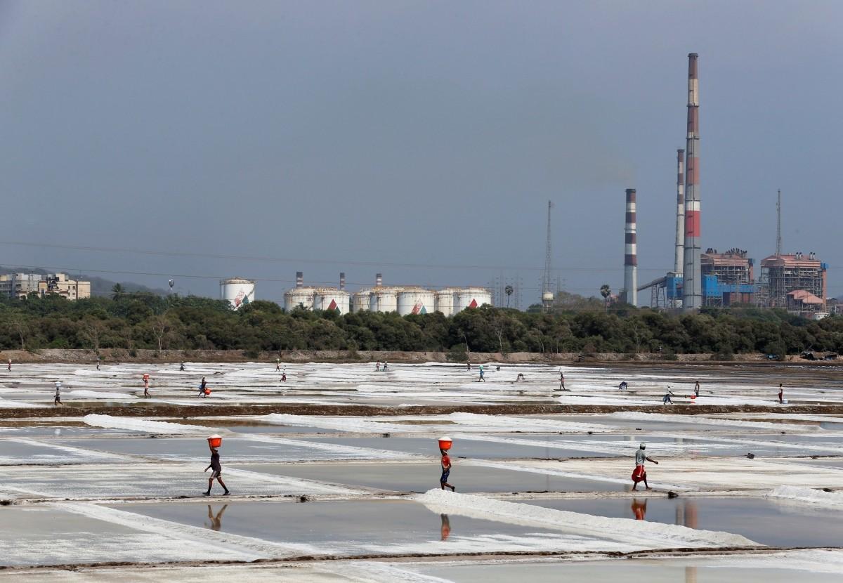 india salt production gujarat maharashtra tamil nadu consumption tata chemicals hul iodised health