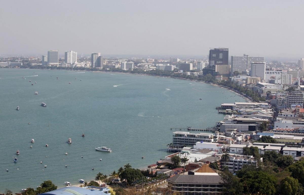 pattaya thailand king King Bhumibol Adulyadej tourists indian travellers tat authority visitors beach centre