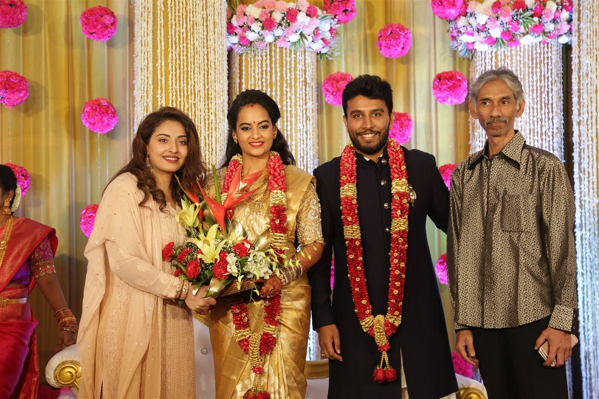 Suja Varunee-Shiva Kumar Wedding Reception Pics