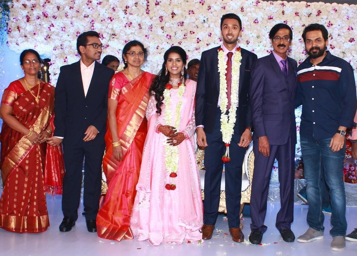 Karthi at Manobala's Son Harish's Wedding