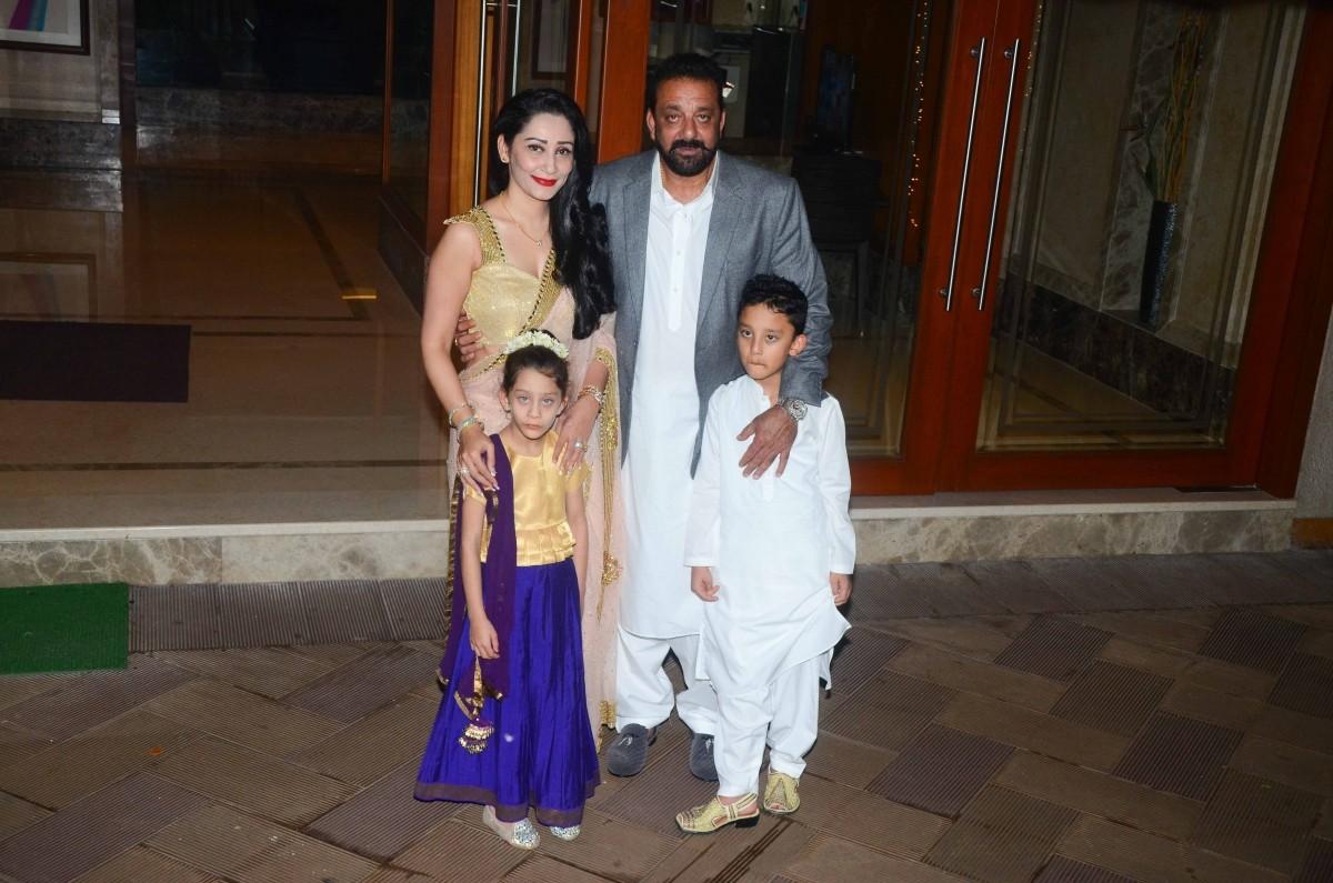 Sanjay Dutt Maanyata Twins Shahraan Iqra