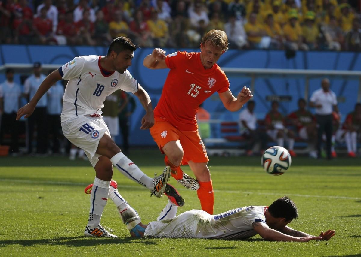 Netherlands v Chile