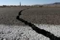 """地震地震的原因:雷雷斯坦·库恩·库恩·伍德森,包括了,包括:"""""""