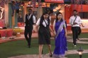 Bigg Boss Telugu 3: Rahul Sipligunj's fans abuse Sreemukhi's mother; netizens lash abusers