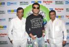 Bollywood Actor Kapil Sharma and Abbas Mustan Promote Kis Kisko Pyaar Karu At 92.7 Big Fm.