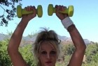 Britney Spears posts workout photo on Instagram.