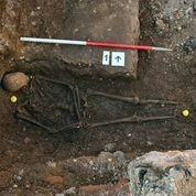 King Richard III found in 'untidy lozenge-shaped  grave (Credit: University of Leicester)