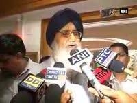 Punjab CM Parkash Singh Badal meets Harsh Vardhan over drug issue in state