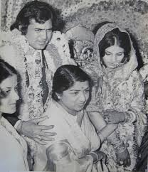 Lata Mangeshkar birthday special,Lata Mangeshkar birthday,Happy birthday Lata Mangeshkar,Lata Mangeshkar rare pics,Lata Mangeshkar rare images,Lata Mangeshkar rare photos,Lata Mangeshkar rare pictures,Lata Mangeshkar unseen pics,Lata Mangeshkar unseen ima