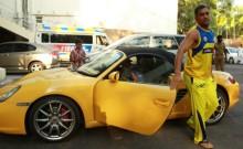 Mahendra Singh Dhoni becomes brand ambassador of CARS24