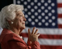 Barbara Bush, the matriarch of a Republican political dynasty and a former First Lady who elevated the cause of literacy, has died at the age of 92. Barbara Bush is survived by her husband, former President George HW Bush; sons George W., Neil, Marvin and Jeb; daughter, Dorothy Bush Koch; and 17 grandchildren. Check out the above slideshow to see the Rare and unseen pic of Barbara Bush.