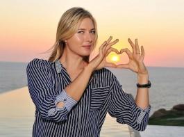 Maria Sharapova enjoys her free time in Acapulco