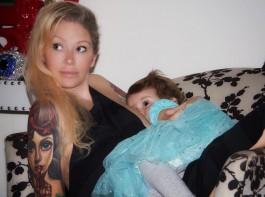 Jenna Jameson celebrates 18 months of breastfeeding daughter