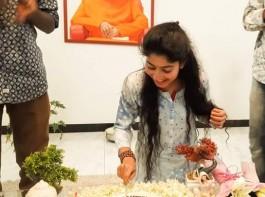 South Indian actress Sai Pallavi celebrates her Birthday with sister Pooja Kannan and Kara Team.
