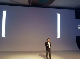 Mr. H.C.Hong, President and CEO, takes the stage to kick off the Galaxy Note 8 India launch.