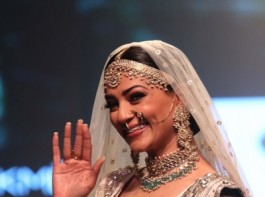 Former beauty queen Sushmita Sen was a delight to watch when she regally floated down the ramp on