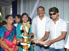 South Indian actor Arya inaugurates Ajay Rathnam's Badminton Academy