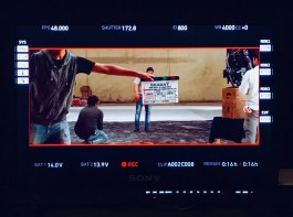 Director Zafar shared Salman's picture from the sets on Twitter with the caption,
