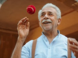 Naseeruddin Shah's soon-to-release film, Hope Aur Hum has an important connection to cricket. The other protagonist of the film, Anu, played by the talented young gun, Kabir Sajid, is a fan of the game through and through. But, off screen, Kabir was clueless about cricket entirely, something that did not go down well with Naseer, who took it upon himself to coach the boy in the ways of the game. Hope Aur Hum produced by Thumbnail Pictures in association with PVR Cinemas releases worldwide on 11th May 2018 in cinemas across India.