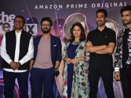 Ahead of announcing the winners, here's the sneak-peek into the finale episode of  The Remix. India's first ever digital reality show comes to and ends with its 10th episode streaming on 4th May 2018. Amit Trivedi who is one of the judges on the show recreated the magic of his all-time chartbuster song London Thumakda at the finale and entertained the audience. 'The Remix' has been churning out the musical talents of the contestants through various challenges proving to be a musical extravaganza with every episode.
