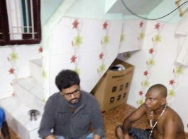 Kollywood actor Vijay, in the wee hours of Wednesday, visited the families of those who died during the anti-Sterlite protests in Tamil Nadu's Thoothukudi district. The 43-year-old actor also handed over a solatium of Rs 1 lakh to each family. Earlier, superstar Rajinikanth