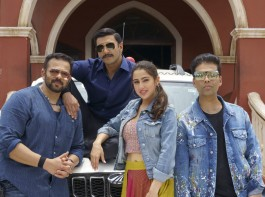 Bollywood star Ranveer Singh and debutant Sara Ali Khan kick-started the shooting of their upcoming flick, 'Simmba' on Wednesday in Hyderabad. Ace filmmaker Karan Johar, who is producing the film under his production banner, Dharma Productions, took to Twitter to confirm the news.