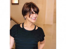 Sonali Bendre is 'overwhelmed to receive outpouring love' after she revealed that she has been diagnosed with high-grade cancer. The actor, who is currently undergoing treatment in New York, took to Instagram to share how she is battling it out with the life-threatening ailment. In the latest photo, Sonali sports a short bob cut and was simply dressed in a black top and blue jeans. She expressed gratitude towards her well-wishers and thanked those who shared their survival stories or those of their loved ones. The actor added that the stories and love have given her immense strength and made her feel that she is not alone.