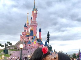 Actress Aishwarya Rai Bachchan took to Instagram to post a picture with her daughter Aradhya Bachchan and called her the 'Eternal Love'.