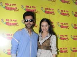 Shraddha Kapoor and Rajkummar Rao at Radio Mirchi
