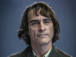 First look of Joaquin Phoenix in Todd Phillip's Joker