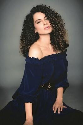 Kangana Ranaut curly hair