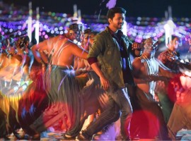 Thalapathy Vijay impresses fans with his dance in Simtaangaran song