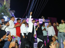 Bigg Boss 2 Telugu winner Kaushal launches KLM Fashion Mall